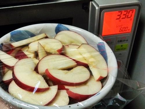 健康維持に簡単で美味しい☆ココナッツオイルソテーしたホットアップルの作り方