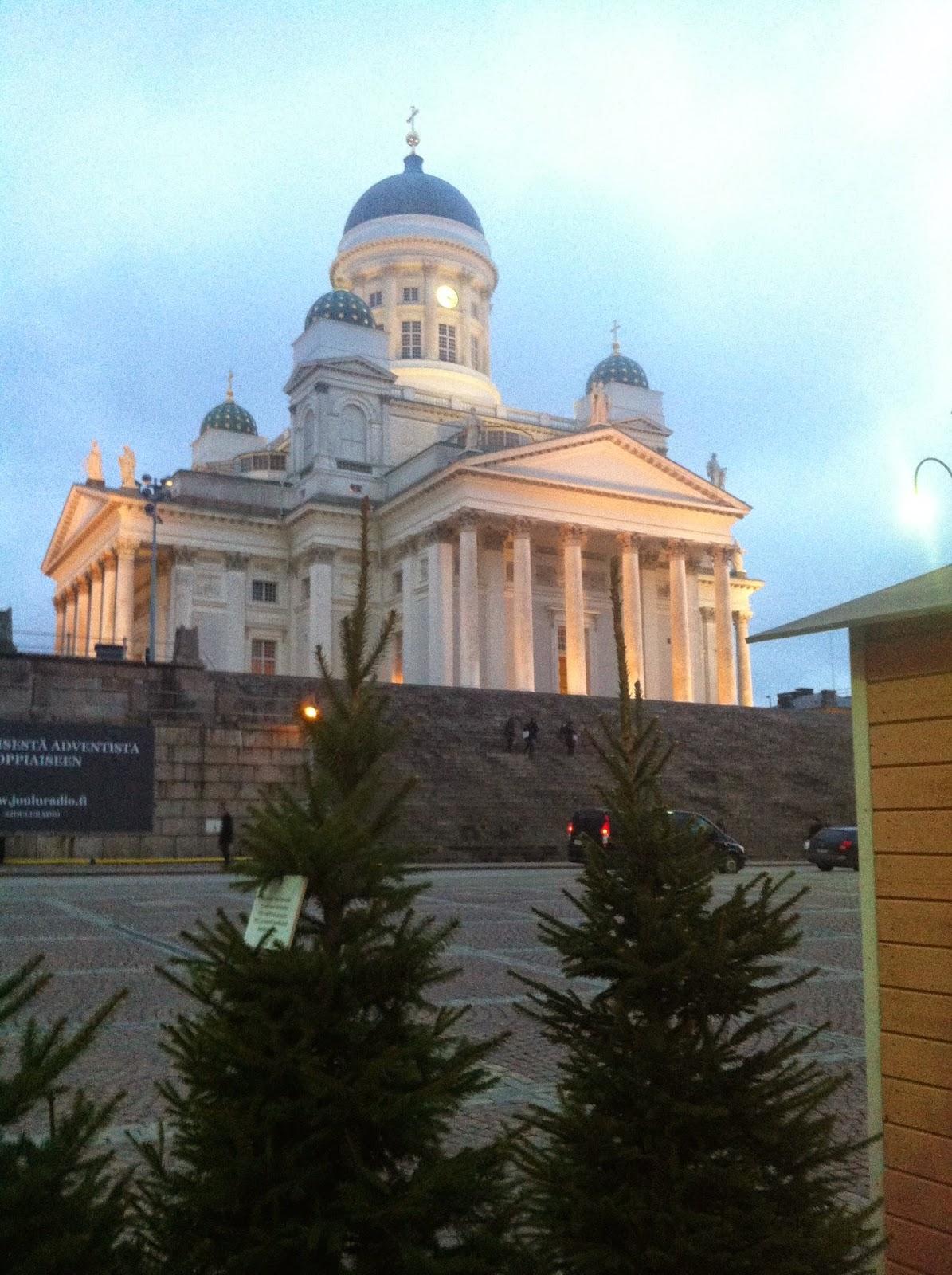 tuomiokirkko, senaatintori, market, christmasmarket, joulukuusi, christmasthree