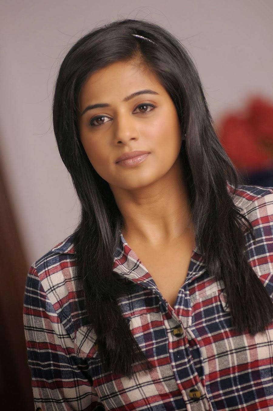 Priyamani photos from Chandi Movie-HQ-Photo-9