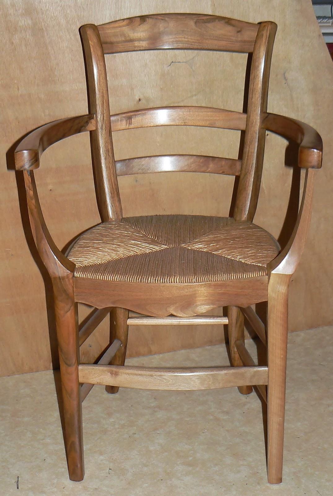 Chaiserie artisanale d 39 angers rempaillage le paillage for Rempaillage d une chaise