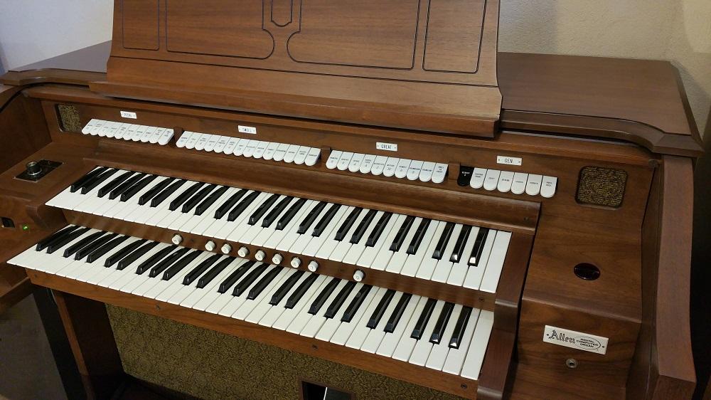 Used Allen ADC-220 organ - ORGAN KEYBOARDS