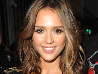 Picture of Actress Jessica Alba who struggled with an eating disorder