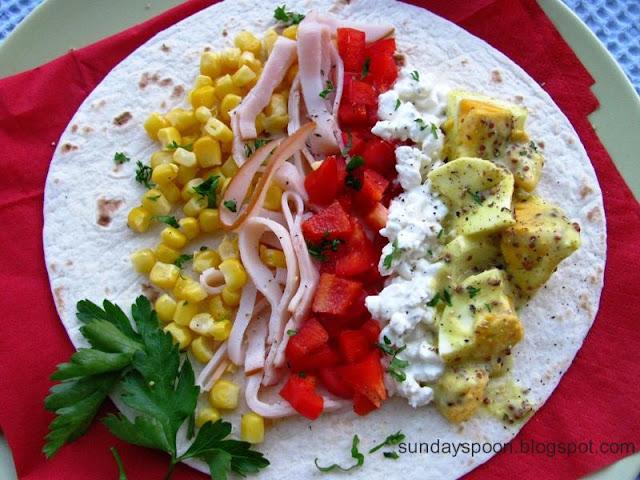 Πικάντικη τορτίγια με αυγά & Πιτάκια με αρνί και κολοκύθα (ή πώς να αξιοποιήσετε τα περισσεύματα απ' το Πάσχα)