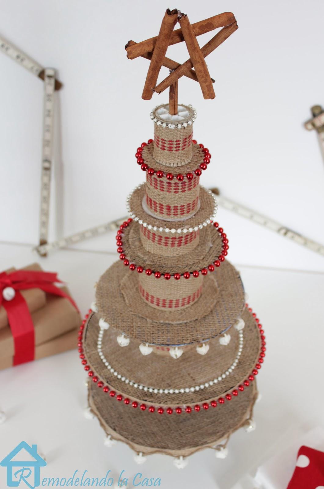 Ribbon+Spool+Christmas+tree6.jpg