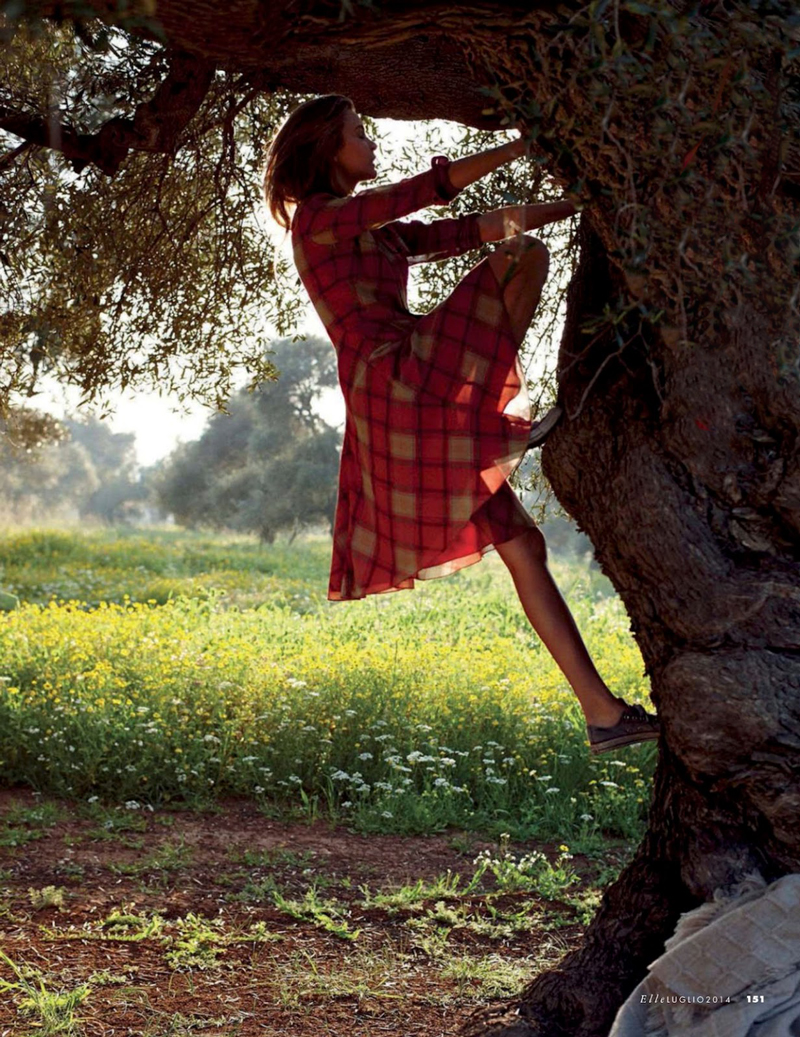 Josephine Skriver in Puglia in Love editorial, Elle Italia July 2014 (photography: Dan Martensen, styling: Eva Geraldine Fontanelli)