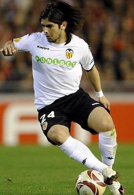 Ever Banega - Valencia CF (1)
