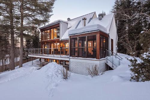 Cabane 217 by Bourgeois lechasseur / Architectes