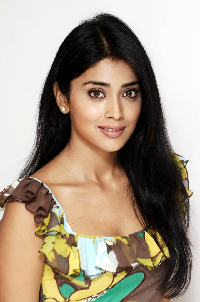 Actress Shriya Saran Photos ~ All Heroines Photos