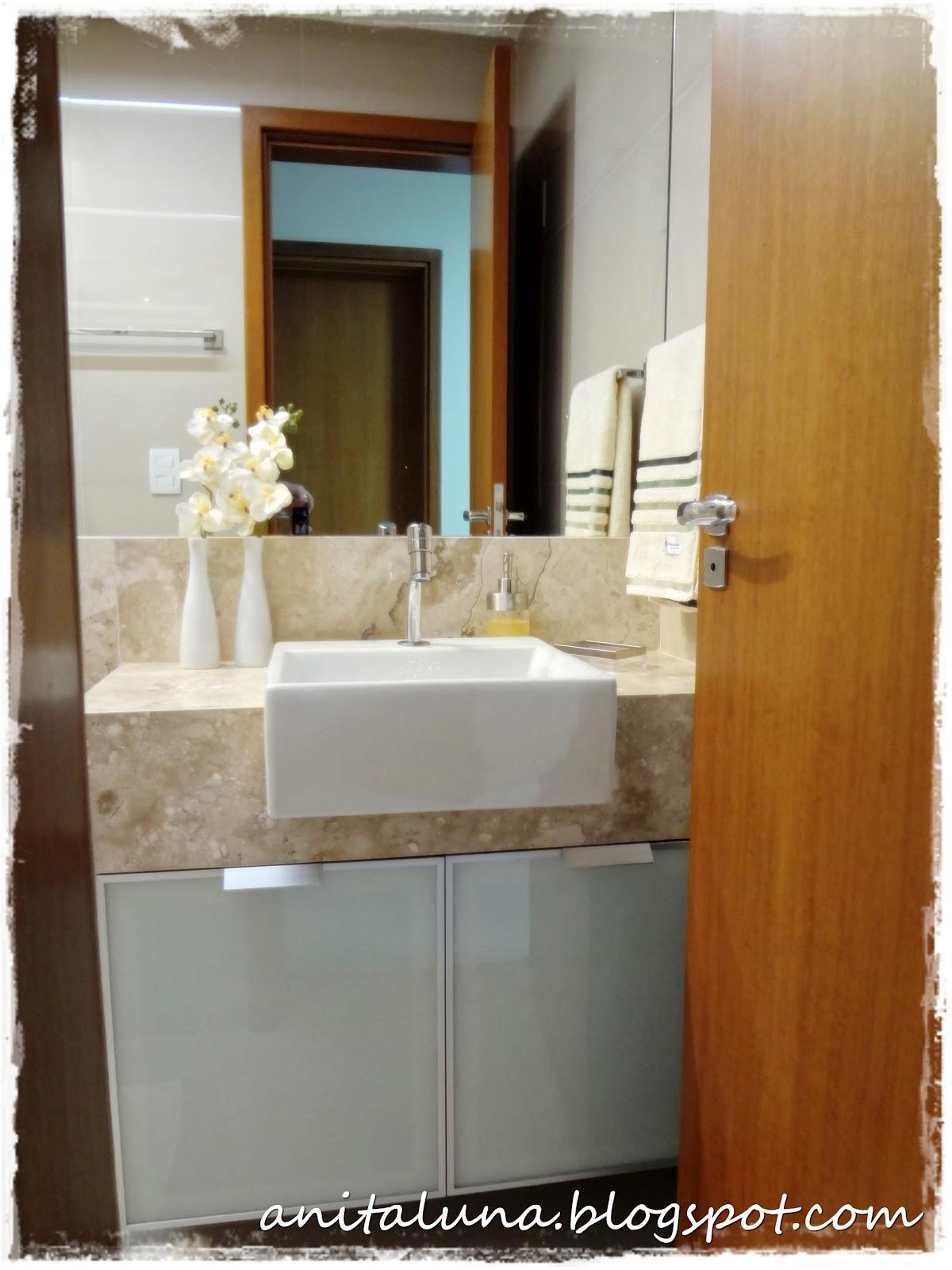 Cuba semi encaixe branca e armário com porta de vidro #794317 1200x1600 Armario Banheiro Luna