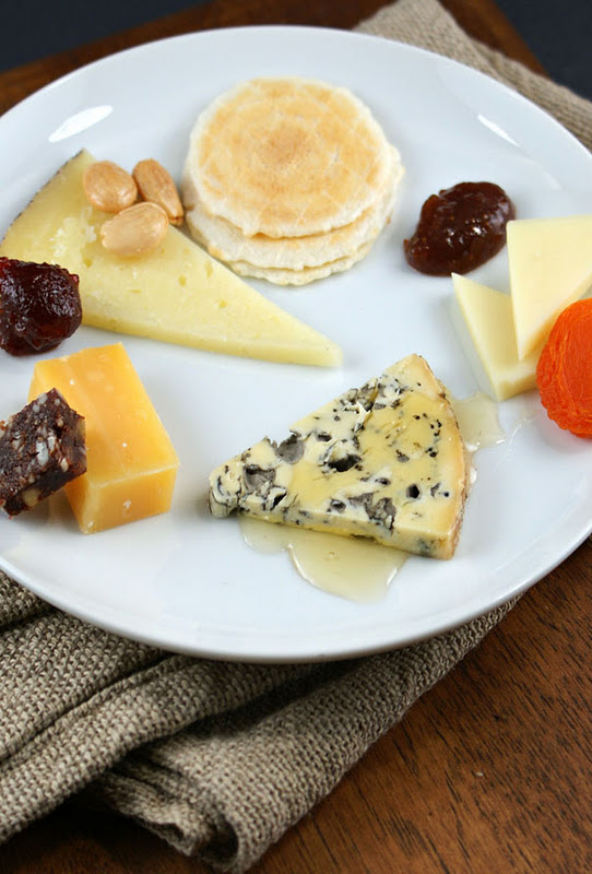 Entertaining Tips | Inidual Cheese Plates : gourmet cheese plate - pezcame.com