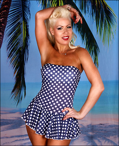 One Piece Bathing Suits With Skirted Bottoms