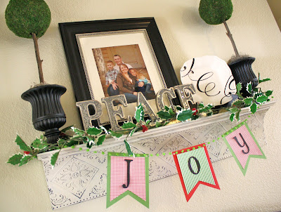 christmas home decor finishing touches