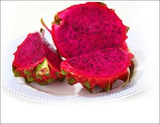 http://mustahabbah.blogspot.com/2015/07/manfaat-buah-naga-bagi-kesehatan.html