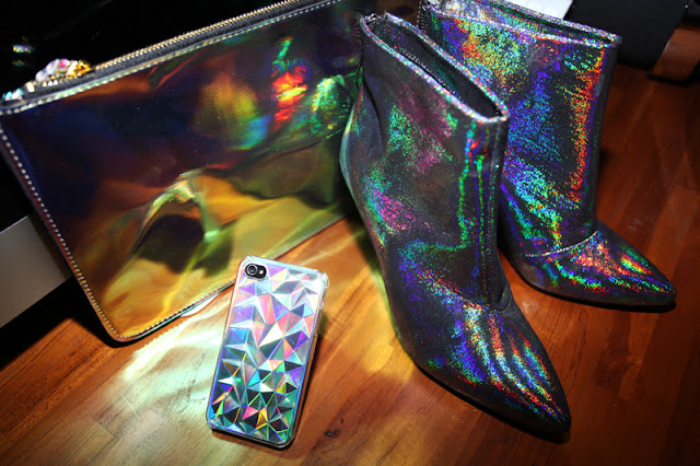 hologram, hologram h m, hologram iphone case, hologram shoes