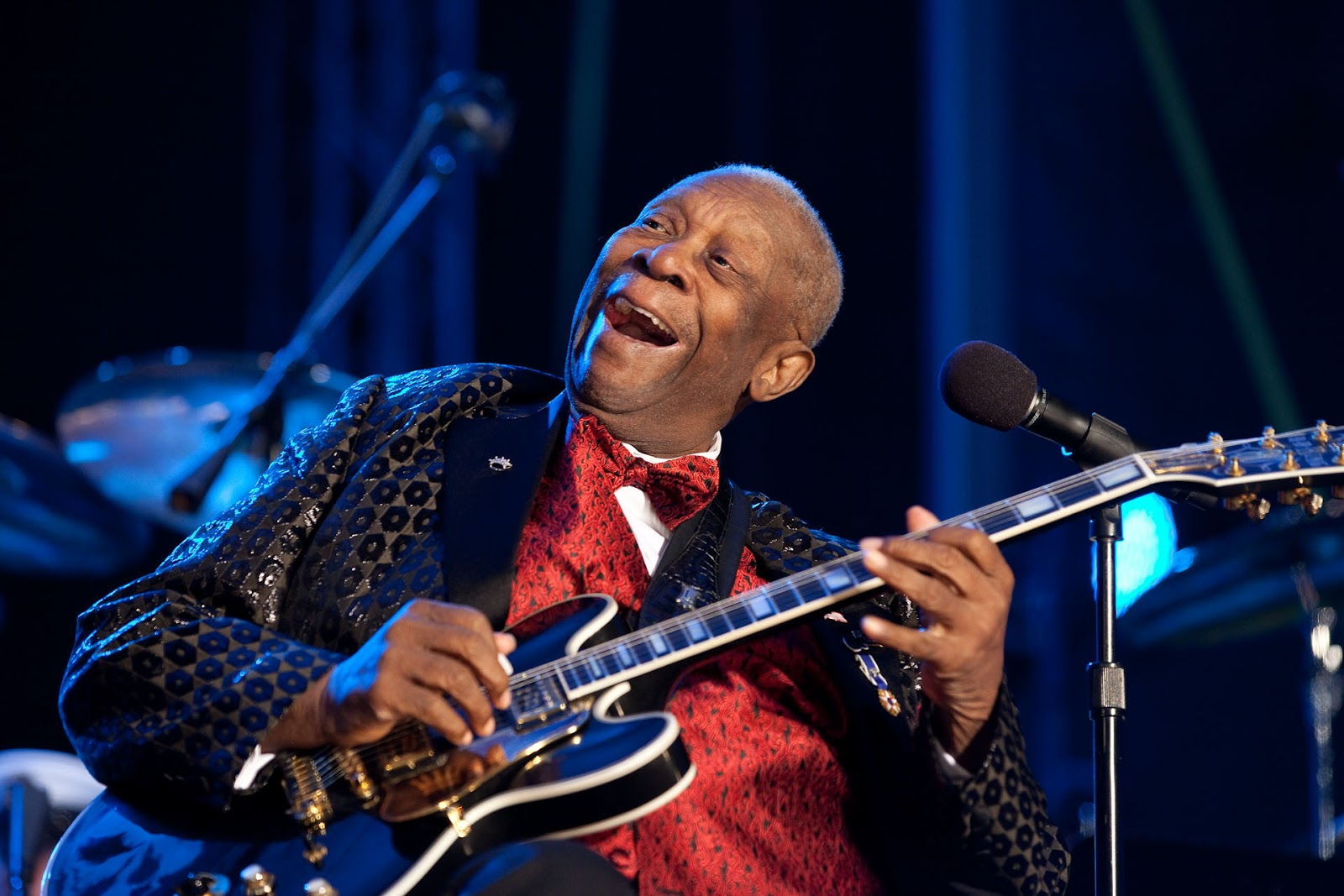 Although he had many guitars over his long career, bb king named every one lucille