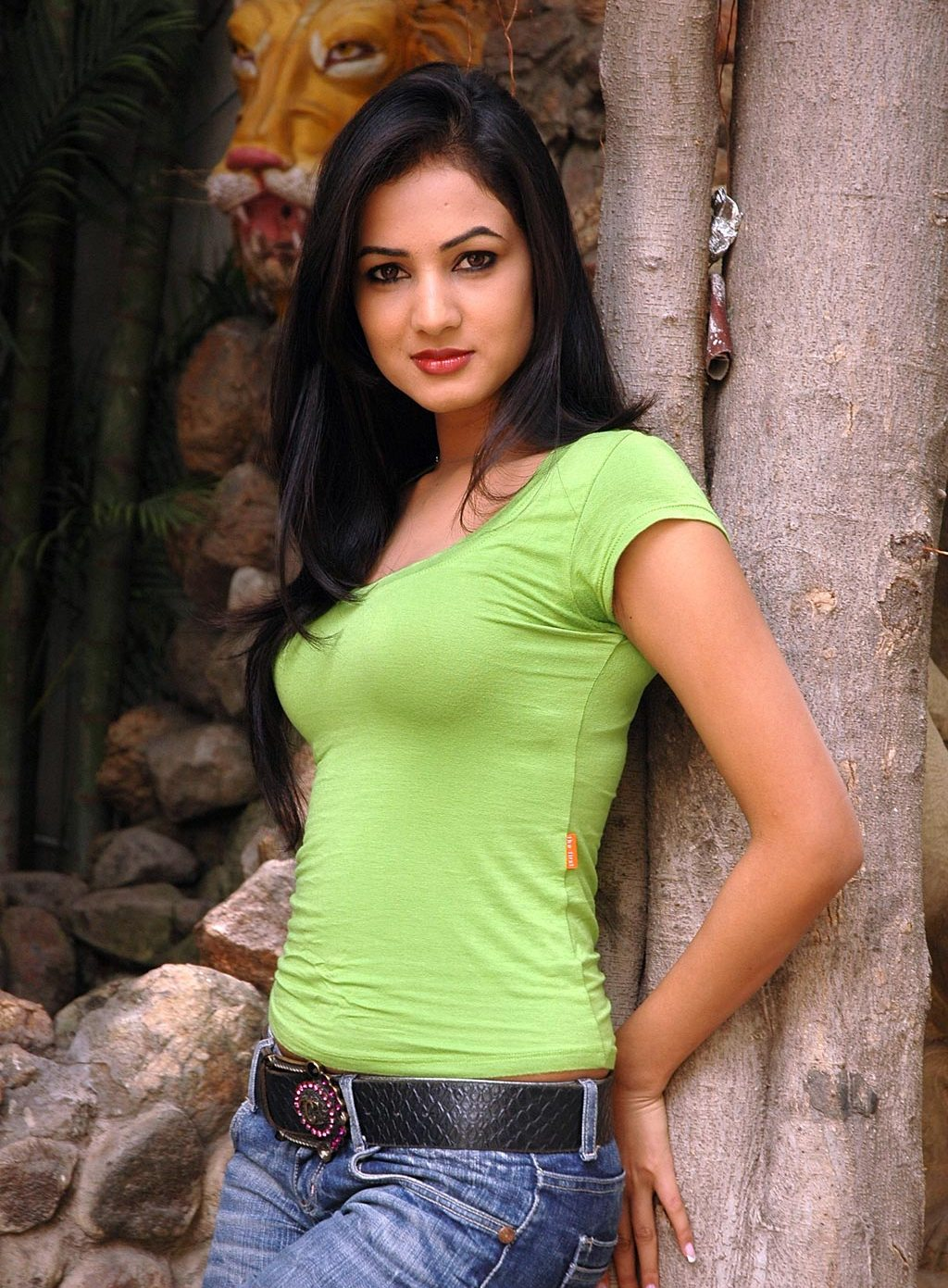 Sonal-Chauhan-at-Size-Zero-Special-Show-(7) | Hottest