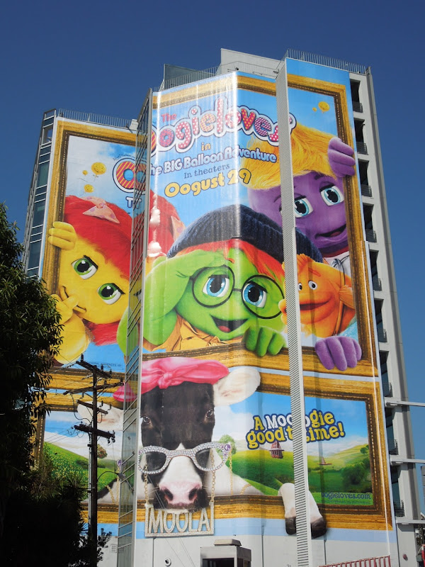 Oogieloves Big Balloon Adventure giant billboard