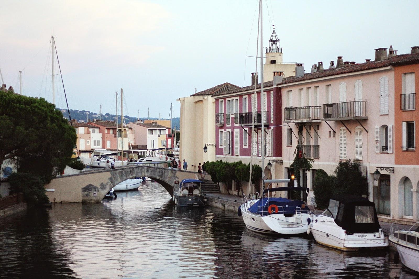 canaux bateaux voiliers