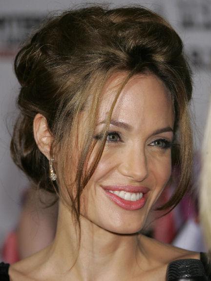 Angelina Jolie Hair-37