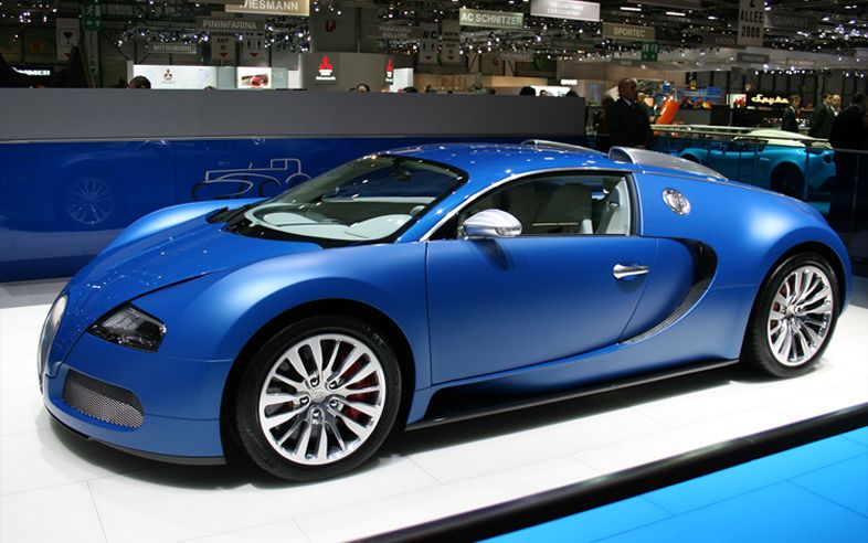 automobile trends bugatti veyron bleu centenaire. Black Bedroom Furniture Sets. Home Design Ideas