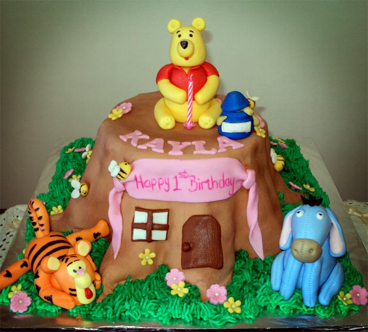 Delana S Cakes Pooh Tree Trunk Cake