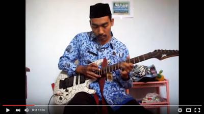 Pak Guru Juga Bisa Jadi Rocker