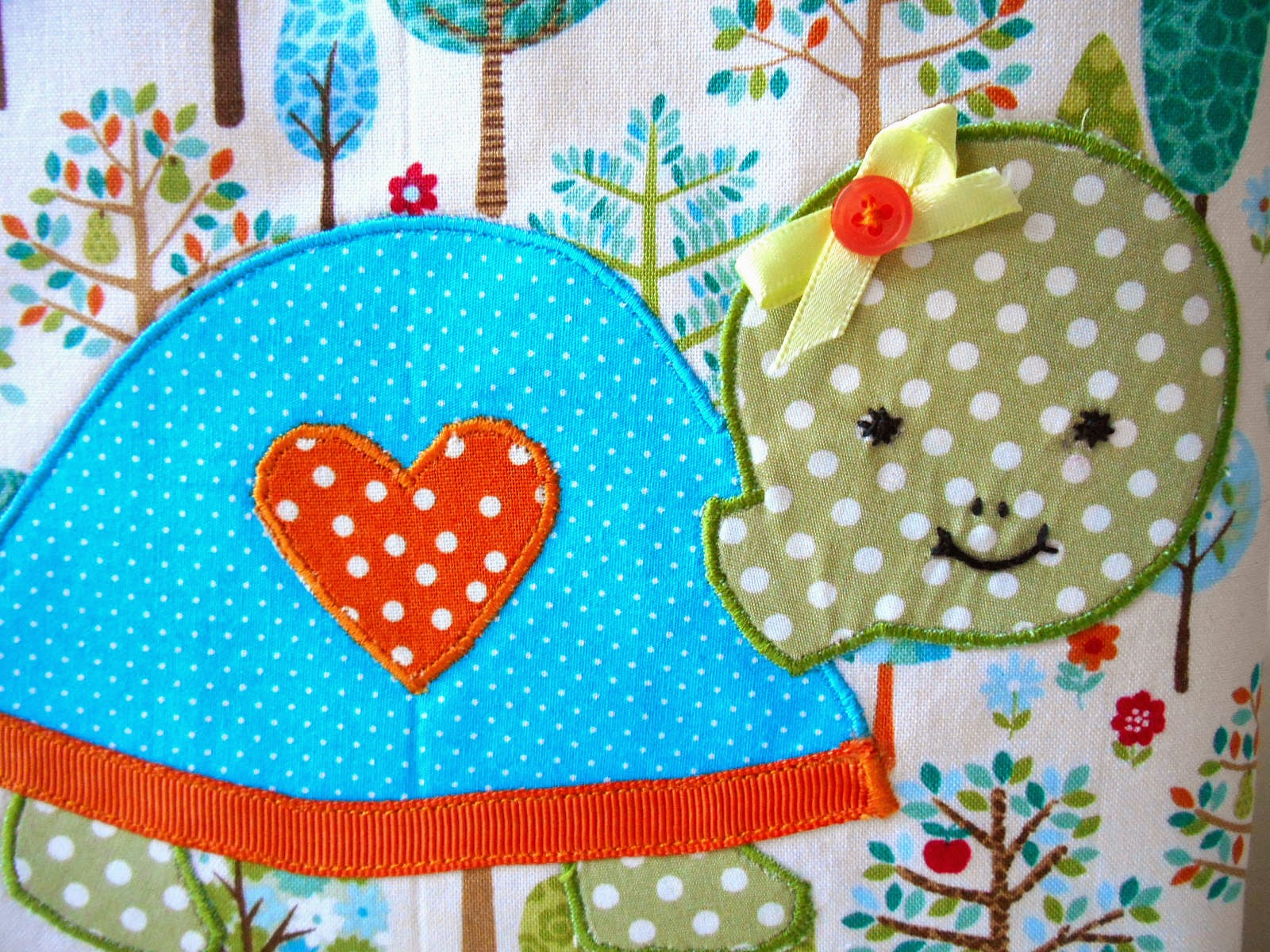 turtle diapper caddy applique close up