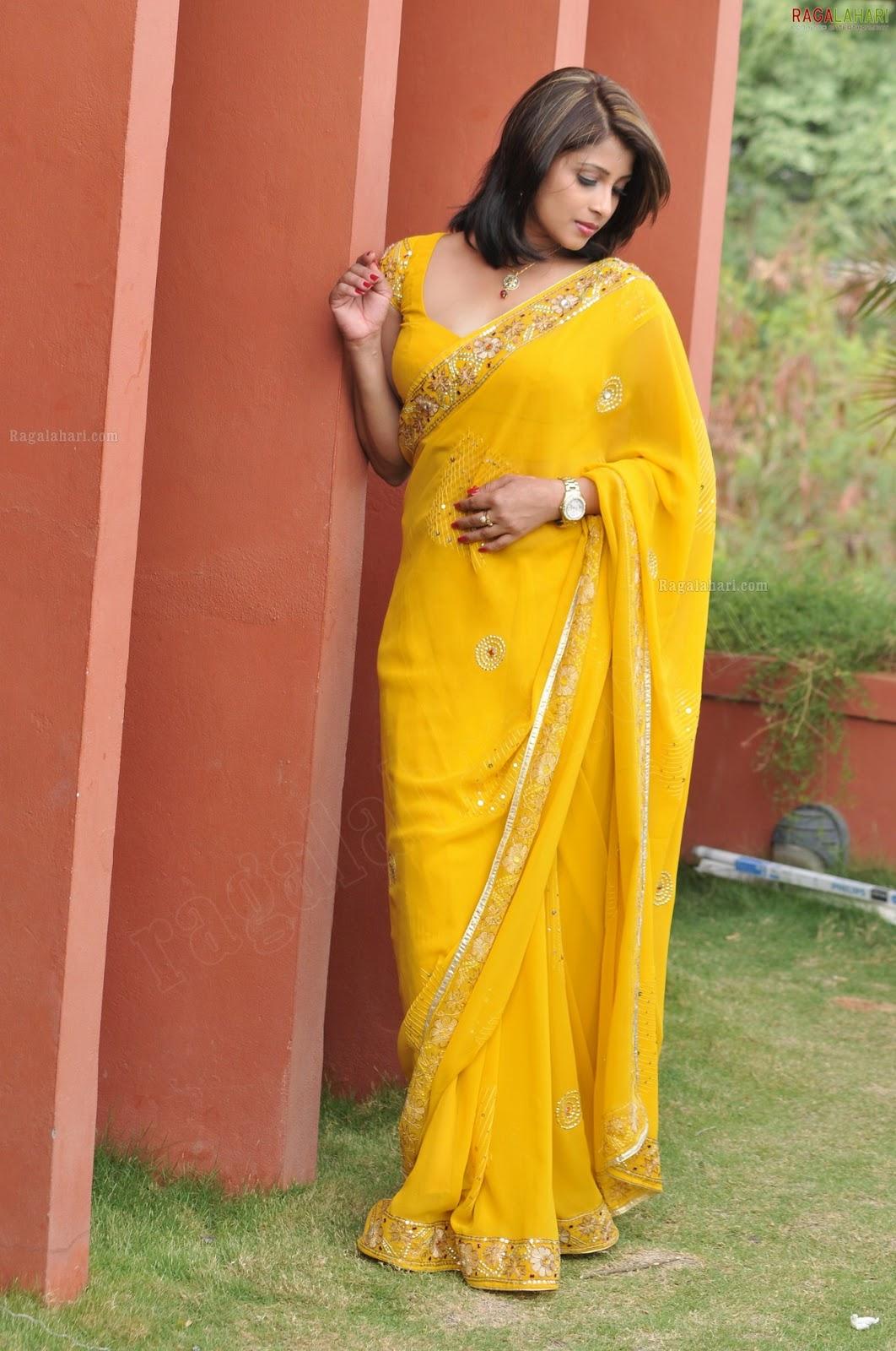 Nadeesha hemamali saree Fashion collection : Gossip Lanka News And Sri ...