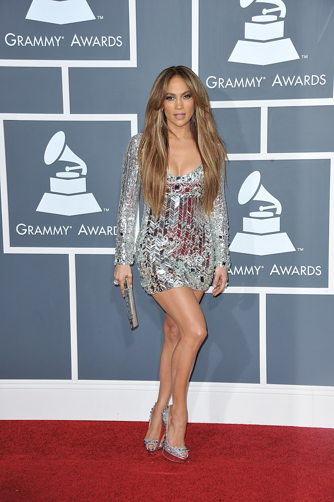 Jennifer Lopez Hot Legs And Cleavage Show At The 53rd Annual Grammy