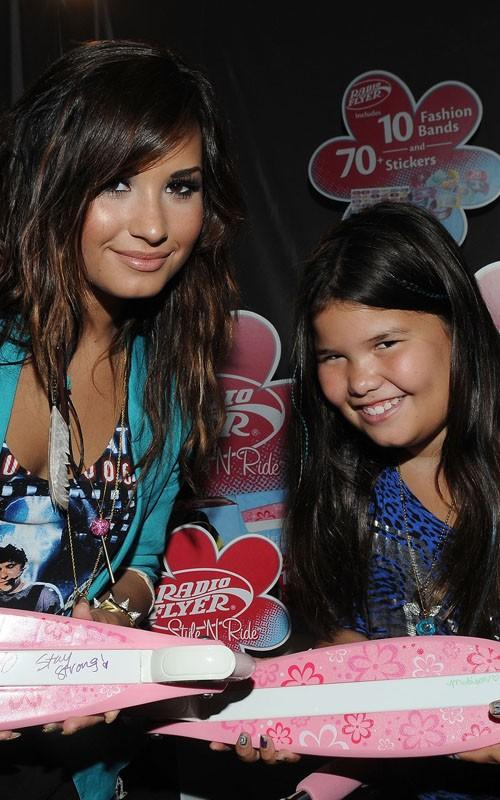 Demi Lovato en los pre - Teen Choice Awards 2011