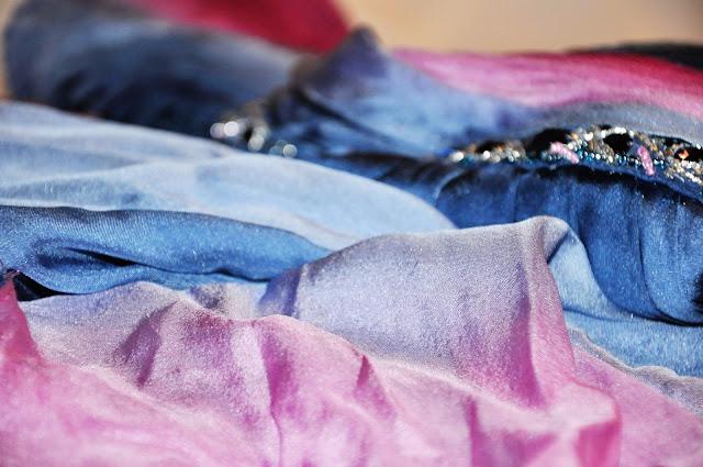шелковое вечернее платье с градиентом