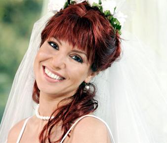 Gülben Ergen Gönül dizisindeki Gönül karakterini canlandırmak üzere saçlarını kızıla boyatmıştır.
