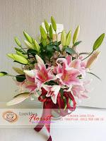 buket bunga, rangkaian bunga meja, bunga ulang tahun, bunga ucapan selamat, toko karangan bunga, toko bunga jakarta, toko bunga, bunga lily mewah import