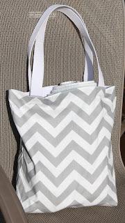 torbe-sa-geometrijskim-printom-002
