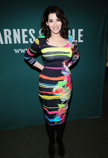 Nigella Lawson is hot in Louboutins