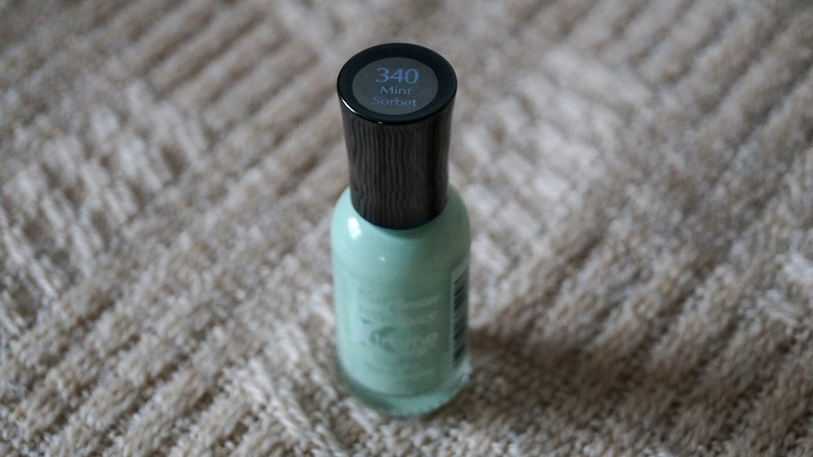 Miętowy sorbet - Sally Hansen Xtream wear 340 Mint Sorbet
