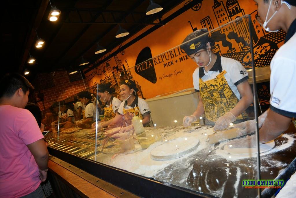 Pizza Republic Cebu 6