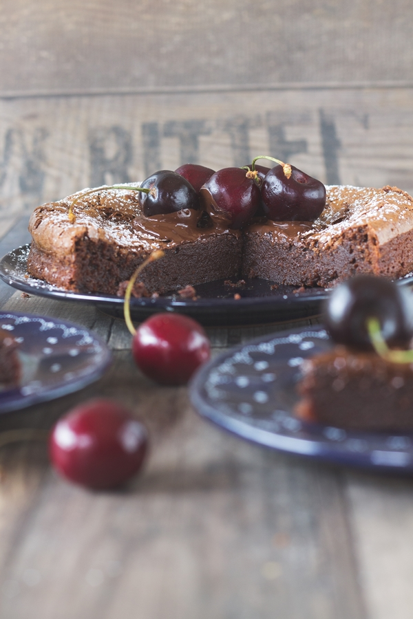 dark cherry chocolate tarte