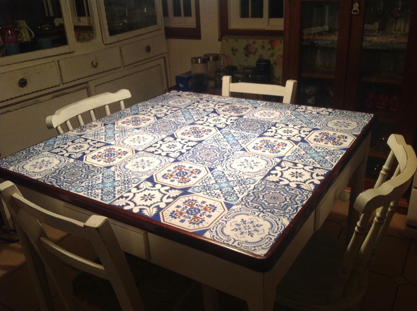 Casa bonita transforma mais sua cozinha de visual novo - Mesas de azulejos ...