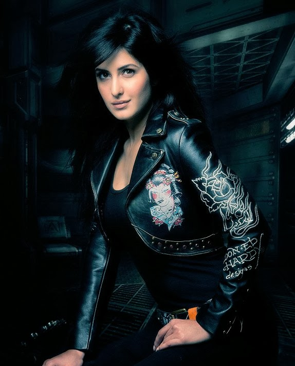 Every bit gorgeous Katrina Kaif in designer black leather outfit for Dhoom 3!