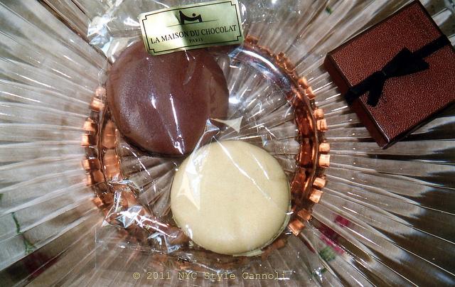 Nyc style and a little cannoli la maison du chocolat in for Macarons la maison du chocolat