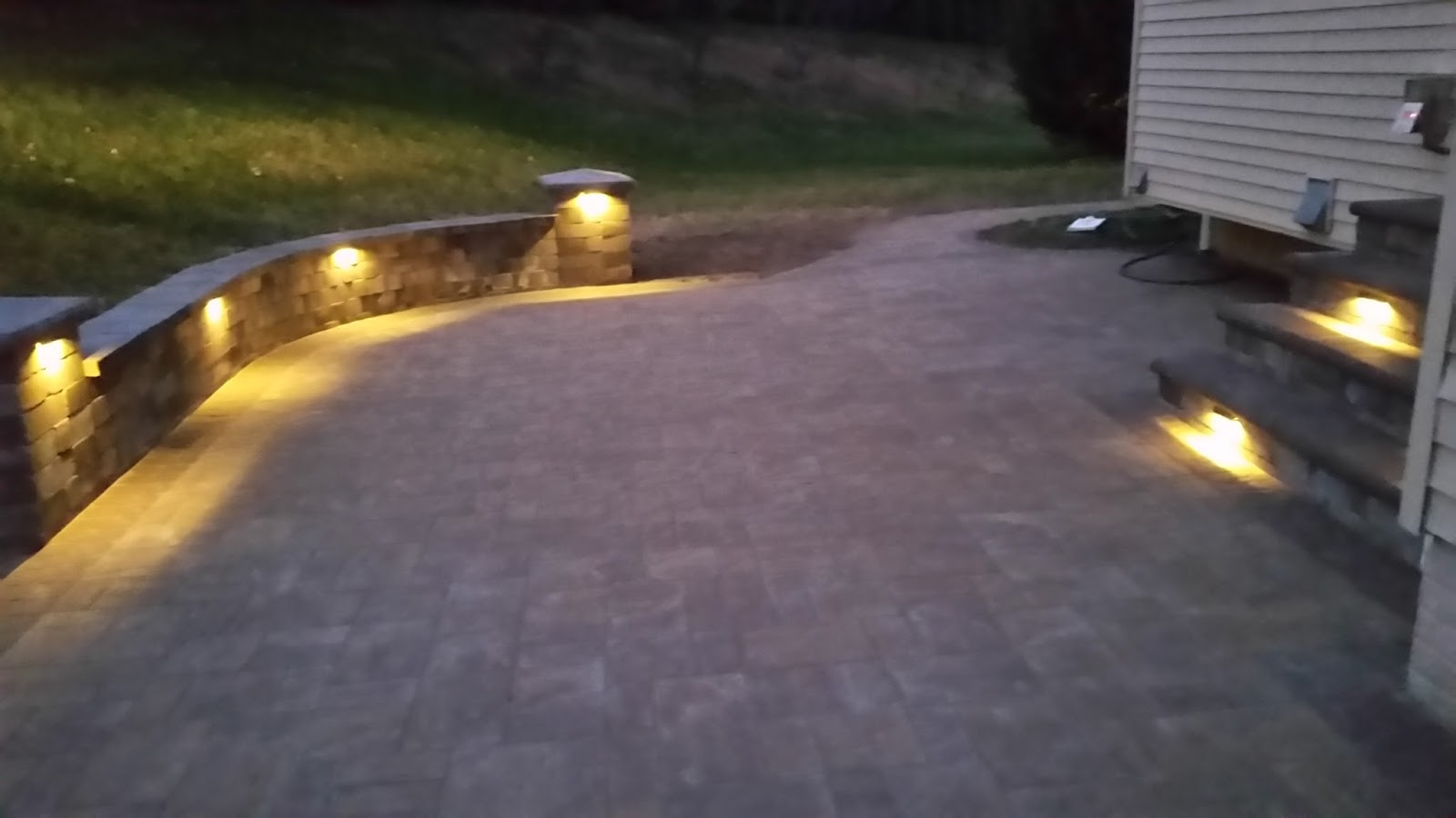 Retaining Wall Lights Low Voltage : Custom Stoneworks & Design Inc.: Low Voltage Lighting Patio. Baltimore, Annapolis, Howard County