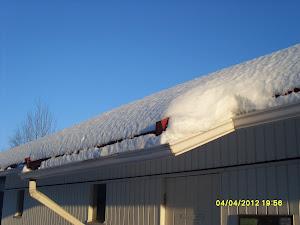 Talonmiespalvelua lumitöinä e-mail: talonmiespalvelu@gmail.com - Puhelin: 044-3380291