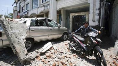 terremoto de 5,4 grados en la escala de Richter ha sacudido Indonesia causando destrozos a más de 5.289 casas, 23 de Junio 2013