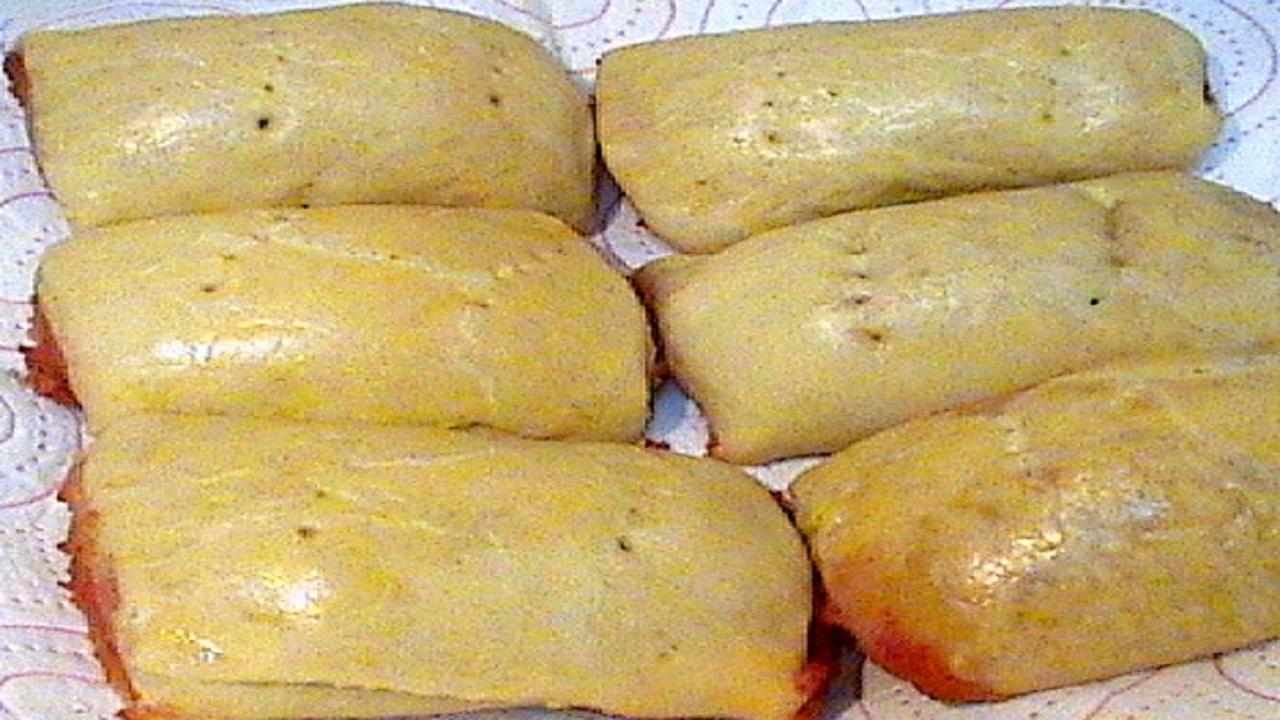 how to make Nigerian Sausage Rolls, nigerian gala filling, Nigerian Sausage Rolls