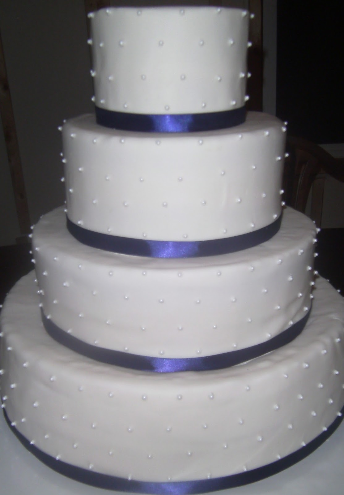Fuzzy Cakes: Wedding cakes