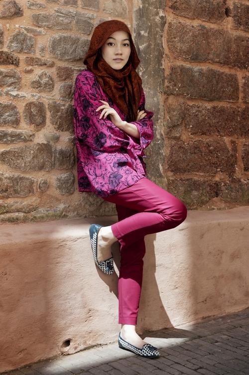 Modern muslim clothing sarah devin Hijab fashion style hana tajima