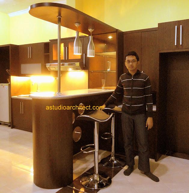 Kitchen Set Jadi: A: Desain Kitchen Set Untuk Bapak Heri, Oleh Astudio