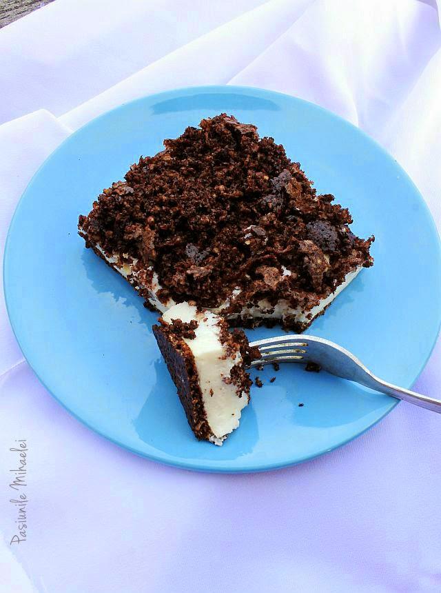 Prăjitură dietetică cu cacao şi cremă de brânză
