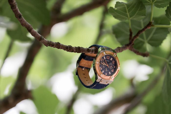 Reloj modelo W0829L1 de la colección Blue Print de GUESS Watches
